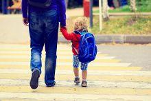 Conceden a un funcionario la prestación por maternidad cómo padre de una niña por gestación subrogada